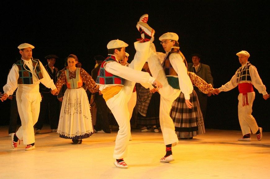 Aurrez aurre - Maritzuli konpainia (2009 - cc-Dantzan.com)