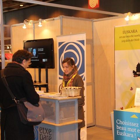 Euskara Pariseko Expolangues azokan