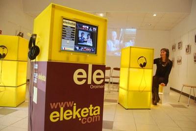 """""""Eleketa"""" erakusketa Donapaleun © Jakes Larre - EKE"""