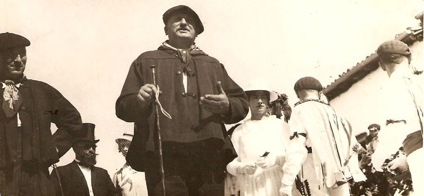 Jean-Pierre Larralde ''Panpale'' luhusoar koblaria, Larramendy Irisarri Indartekoa, eta Piarre Ilandeikoa Andere Xuriz. 1937ko Irisarriko toberak (© A. Idieder)
