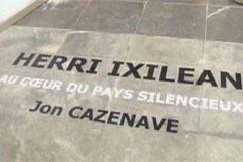 Herri Ixilean erakusketa Biarritzen