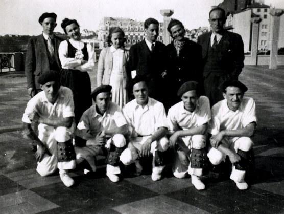 Olaetak moldatu taldea Biarritzen (1942)
