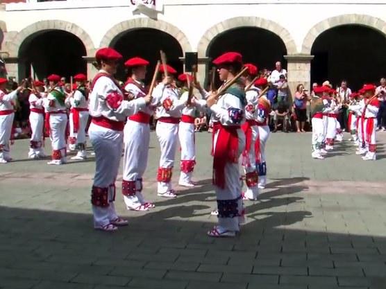 Bera: San Esteban 2014, makil-dantzak