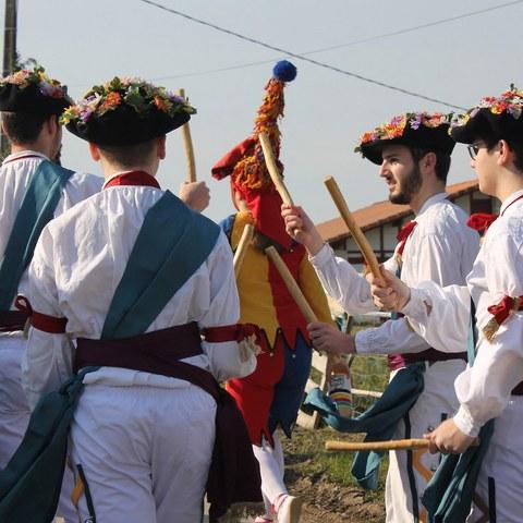 Réveil de l'Ours - Danseurs Kaskarot de Briscous