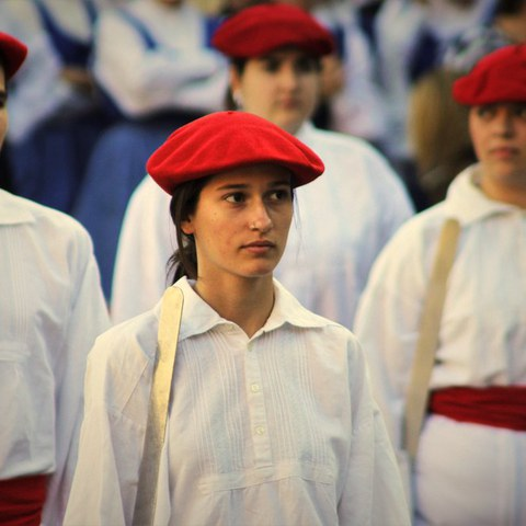 La place de la femme dans la danse basque