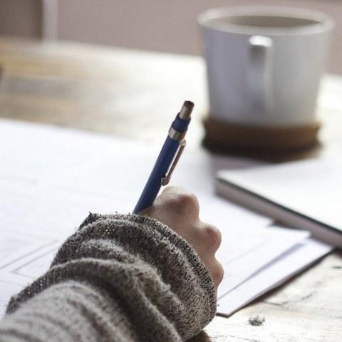 L'ICB et la Fondation Elkar lancent une nouvelle bourse d'aide à la création littéraire