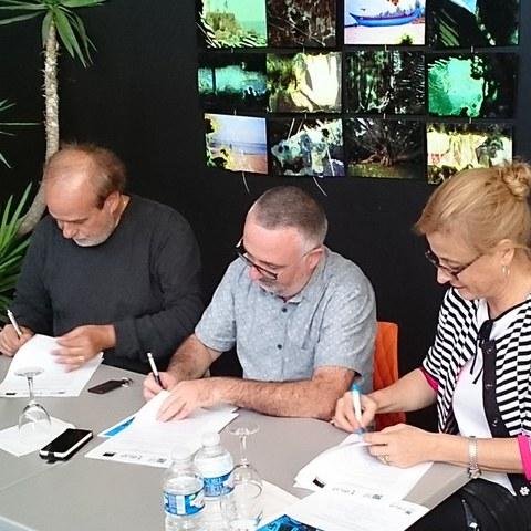 Une convention de partenariat entre Le Rocher de Palmer, l'Institut culturel basque et l'Institut Etxepare