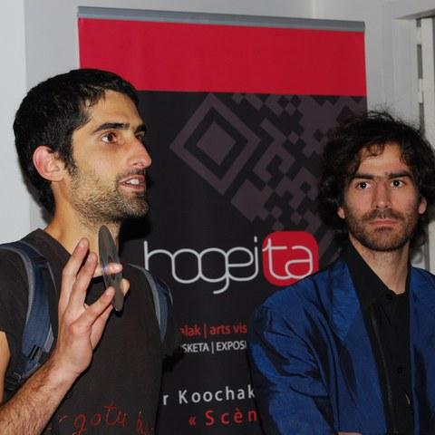 Vernissage de l'exposition de Bertrand Dezoteux et Nader Koochaki à Biarritz