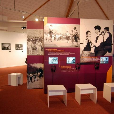 """L'exposition """"SOKA, regards sur la danse basque"""" à Anglet"""