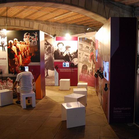 """Visite guidée de l'exposition """"Soka"""""""