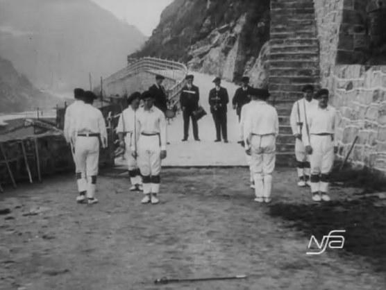"""""""Dantzari-dantza"""" à  Donostia-San Sebastian (1927)"""