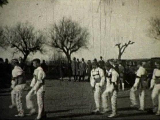 Danseurs Kaskarot à Biarritz (1927)