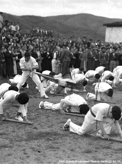 Nationalisme basque et danse en Pays Basque sud (début XXème siècle)