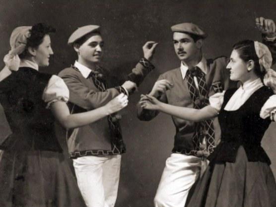 Saski Naski (1943-1958)
