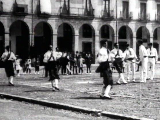 Danseurs à l'épée de Zumarraga (Gipuzkoa, 1920)